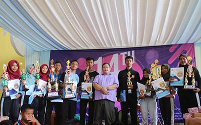 Pemenang serangkaian lomba HUT-14 SMK Negeri 1 Punggelan